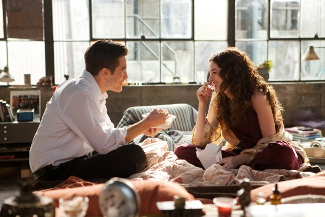 Love and Other Drugs Review By