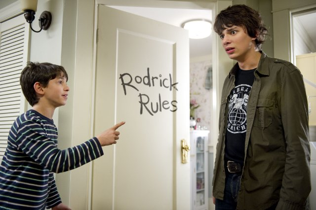 Zachary Gordon Diary Of A Wimpy Kid Rodrick Rules 301 Moved Permanently