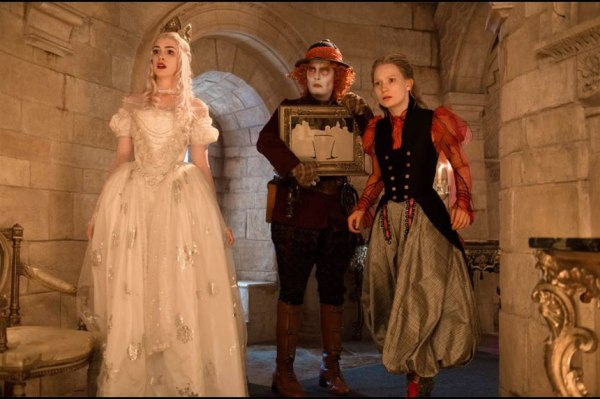 Alice Through the Looking Glass Picture 1