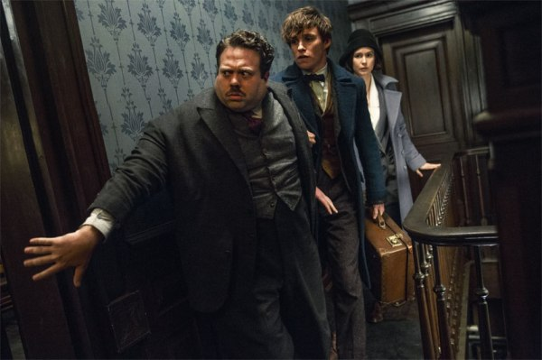 fantastic-beasts-and-where-to-find-them-picture-2