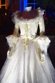 beauty-and-the-beast-exhibit-plumette-costume-2