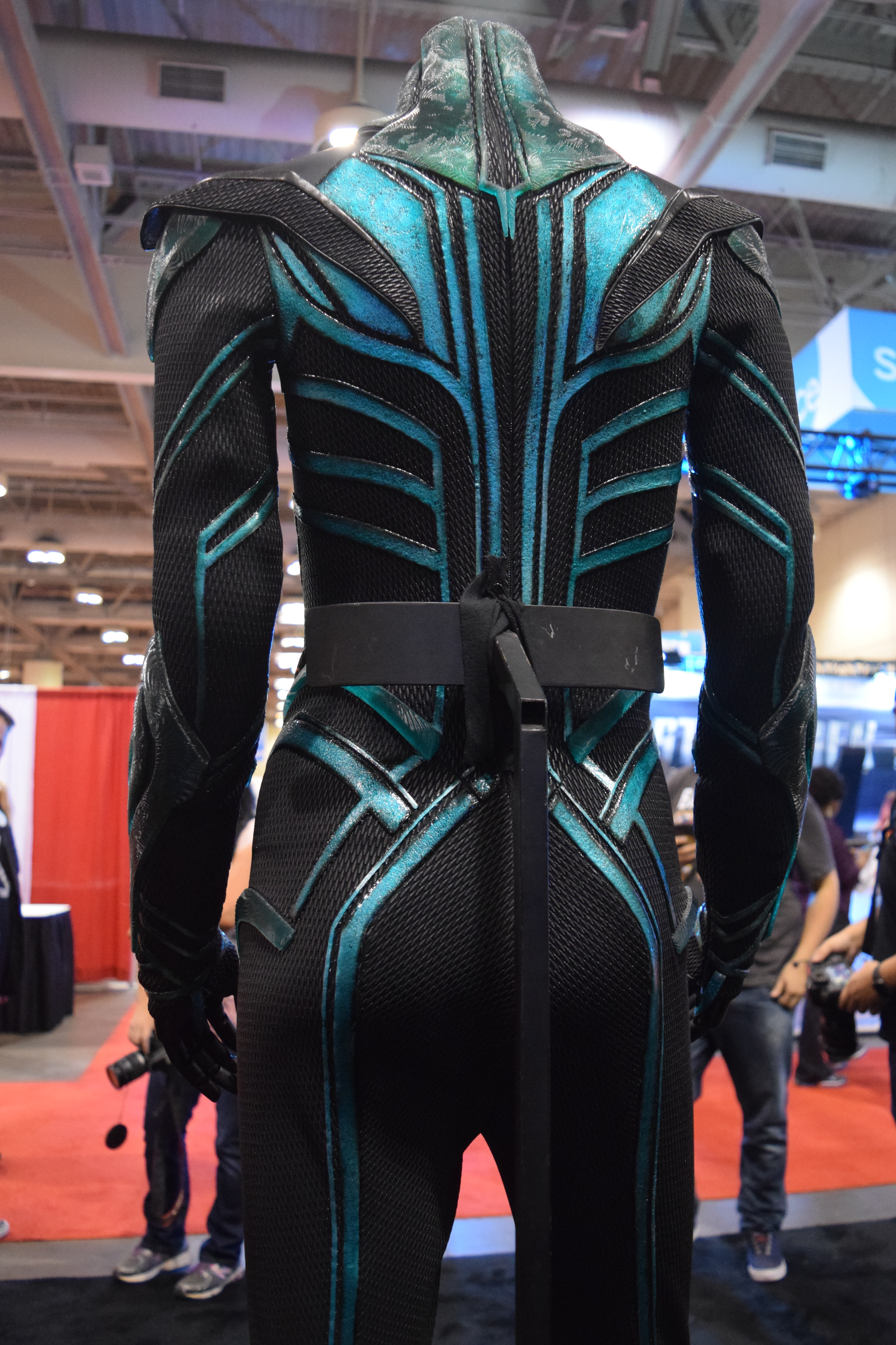 Thor Ragnarok at Fan Expo – Hela Costume (4) | One Movie ...